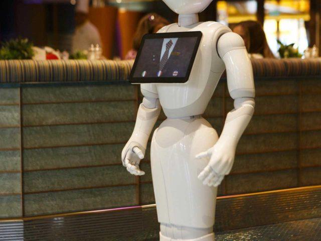 El robot Pepper se sube a bordo de Costa Cruceros