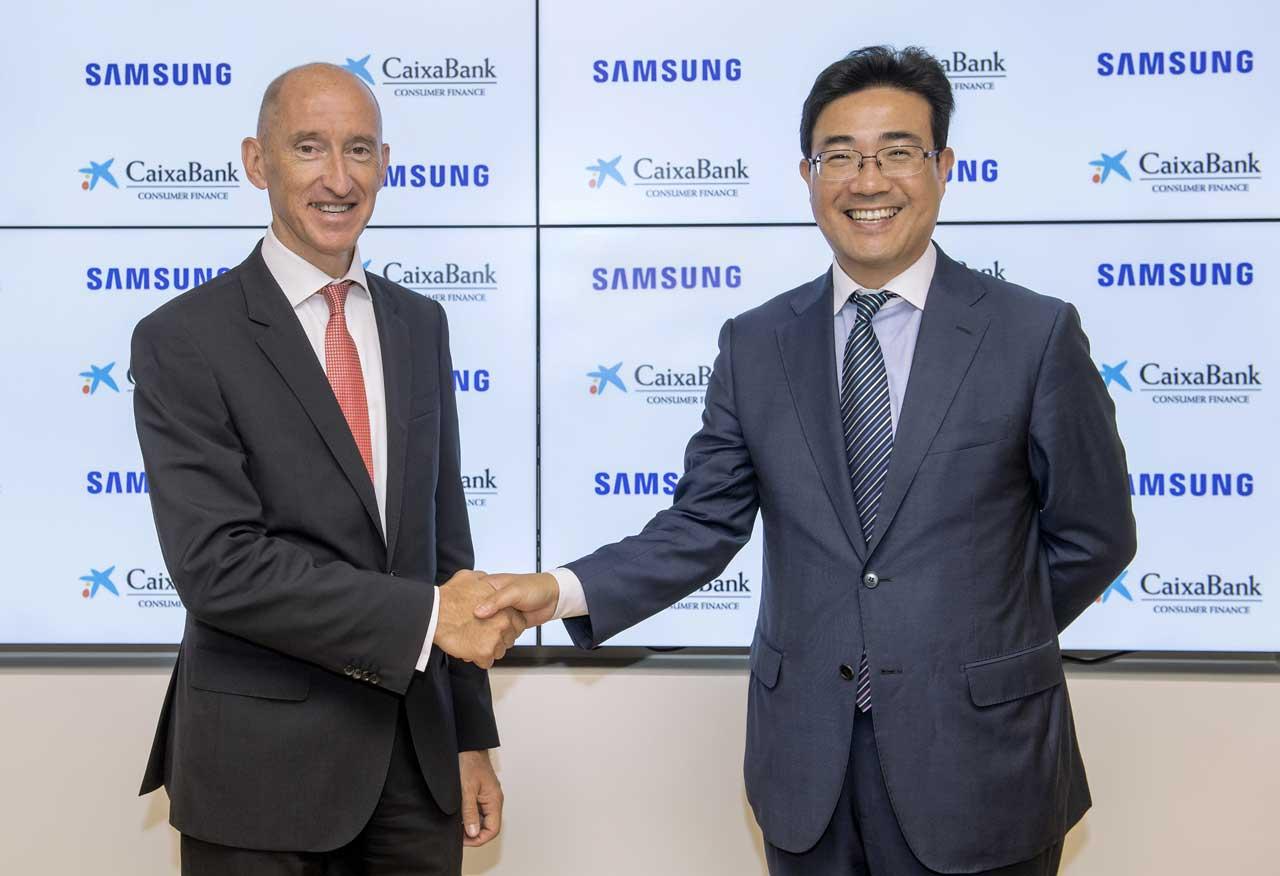 El acuerdo proporciona financiación a los usuarios de la Samsung Online Store e incluye ventajas para los clientes de CaixaBank