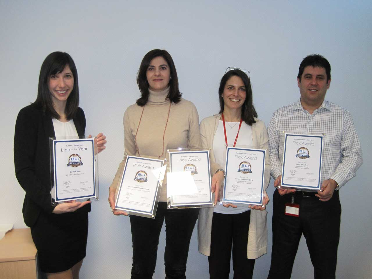 """Canon gana el premio BLI a la """"Línea del Año"""" en sus equipos imageRUNNER ADVANCE A3"""