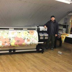 La Epson SureColor, protagonista en el nuevo estudio de impresión textil del diseñador Richard Quinn
