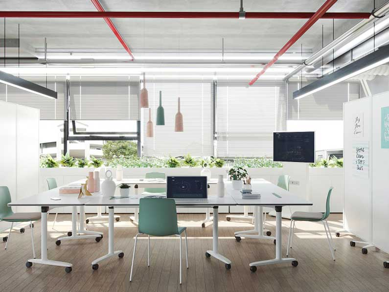 El 62% de los españoles prefiere utilizar una forma mixta oficina-casa para trabajar